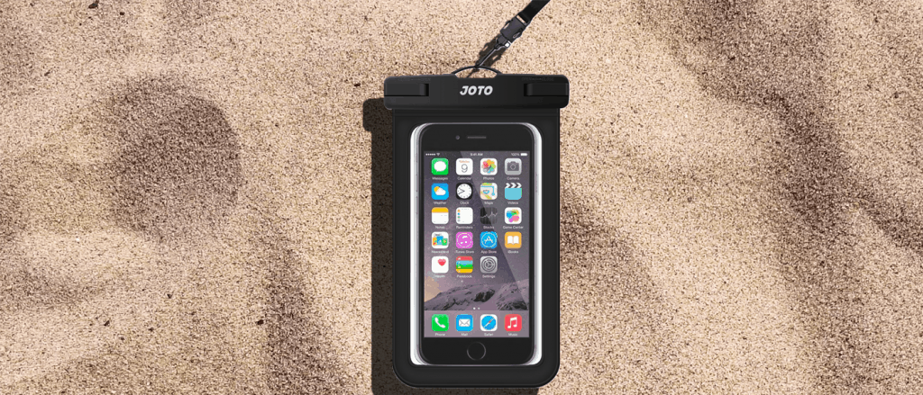 Universal Waterproof JOTO Cellphone case in Mens Warm Winter Getaway Roundup