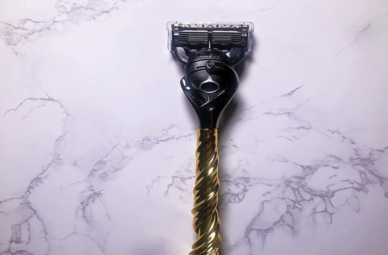 Gillette Men's Razor - the Razor Maker Maelstrom with 3-d gold handle
