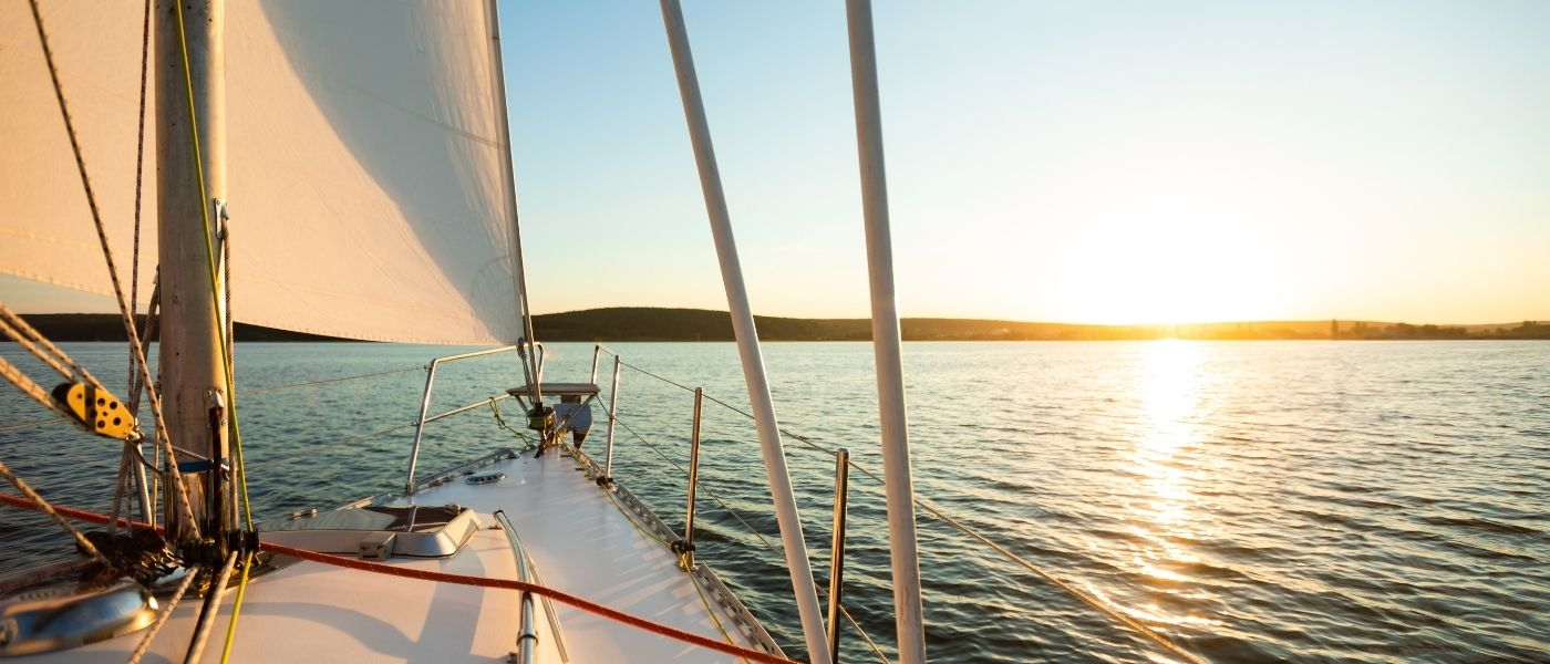 What To Know Before Renting a Boat